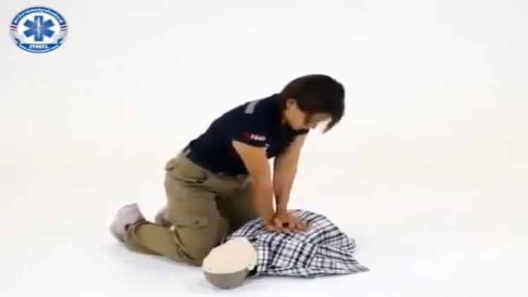 CPR ปฏิบัติการฟื้นคืนชีพ เรื่องจำเป็นที่ควรรู้ ! [ชมคลิป] 🆘